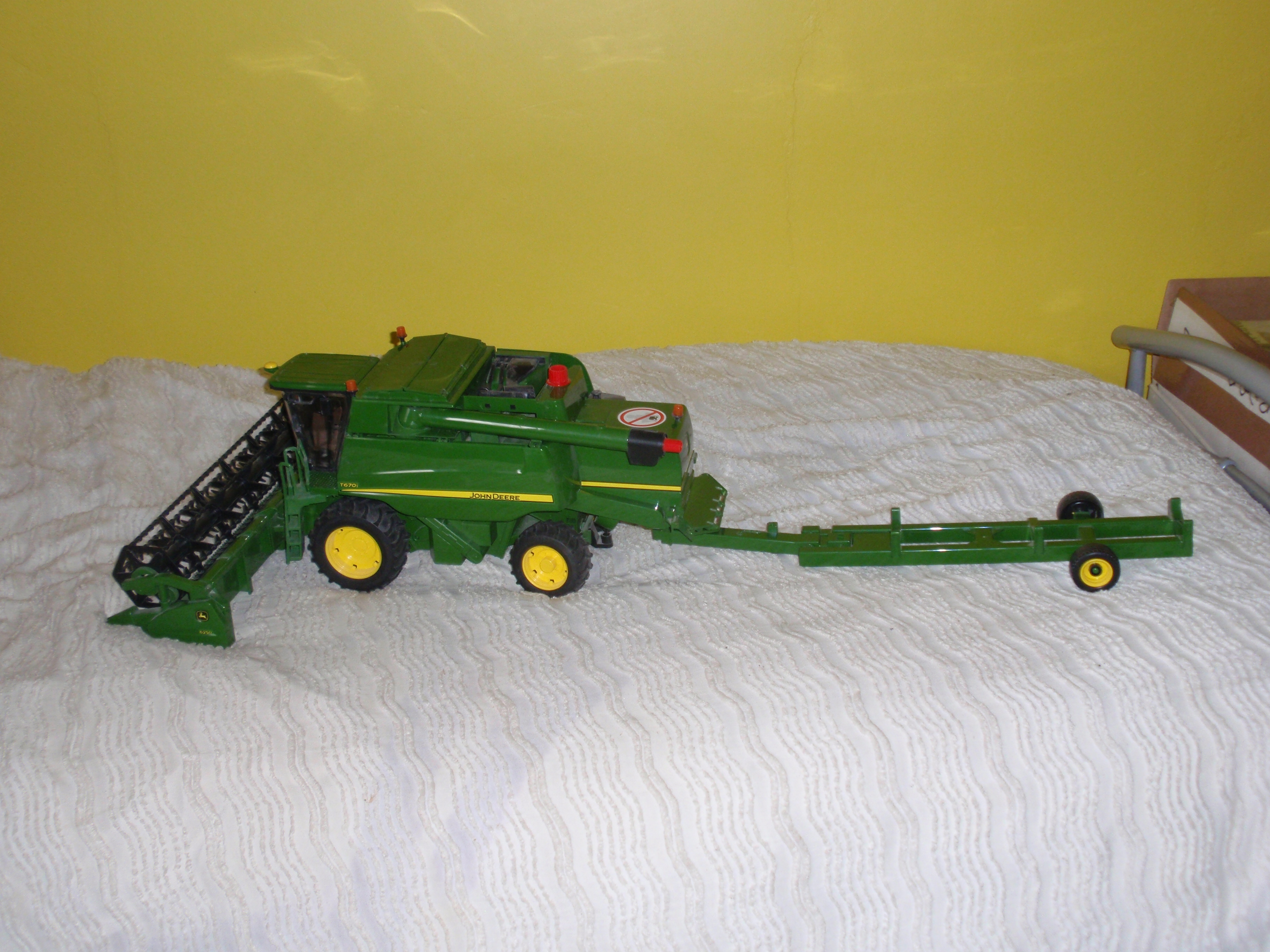 For sale: John Deere Scale Model 1 64 - Buy and sell items