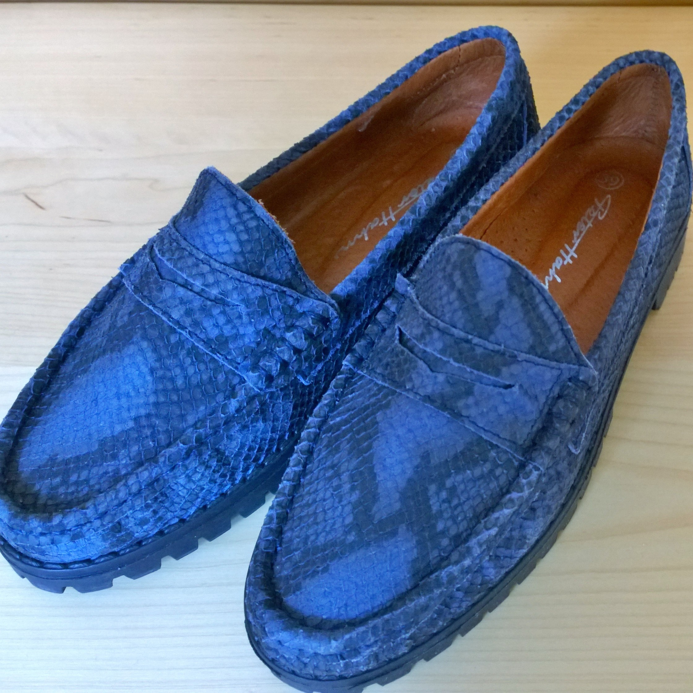 307a779db7b For sale: PETER HAHN SHOES (size 6.5) BLUE LEATHER LOAFERS SLIP ON NON-SLIP  GRIP SOLES DESIGNER ITALIAN
