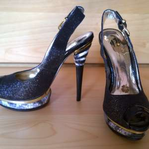 For sale: NEW PLATFORM HIGH HEELS (size 2.5) KILLER PARTY BLACK GOLD SILVER FASHION ANKLE STRAP GLITTER PEEP TOE STILETTO NIGHTCLUB SEXY BUCKLE PUMPS