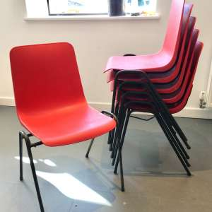 For sale: 6 stackable plastic chairs - £24