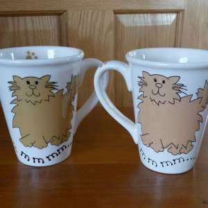 For sale: Single or Pair of large Cat design Mugs - £5