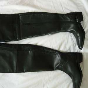 For sale: Ladies Next Brand New overknee boots ~ size 4 - £25