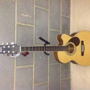 For sale: Adam Black Electric Acoustic Guitar - £200