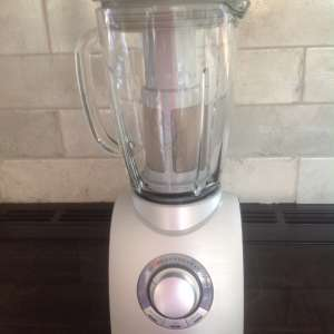For sale: Phillips blender - £10