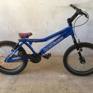 For sale: BaseBikes TA20 colour blue with union jack seat - £100