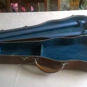 For sale: Old wooden violin case