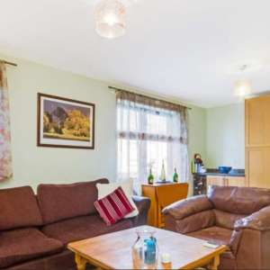 2 Bedroom Flat for sale in Kinning Park
