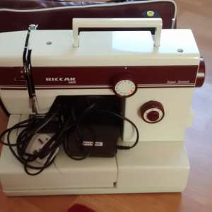 For sale: Riccar 8520 Electric Sewing Machine