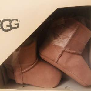 For sale: Uggs for baby girl - £25