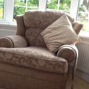 For sale: 2settees and an armchair